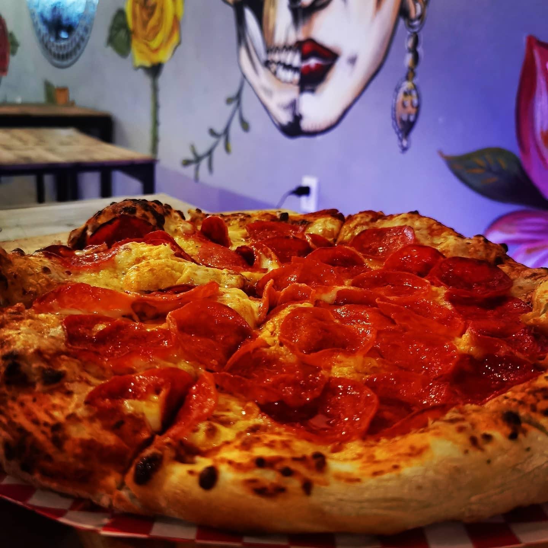 Pizza Redonda Familiar